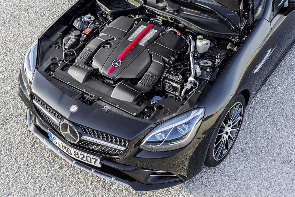 Mercedes-AMG SLC 43, Motorraum, Sechszylinder, 270 kW (367 PS) Mercedes-AMG SLC 43, six cylinder engine, 270 kW (367 hp)